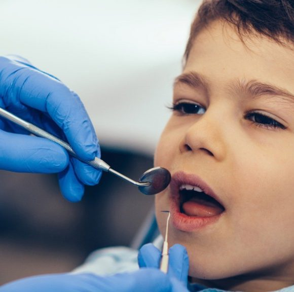 Oral Health Care Tips for Teens and Young Adults