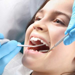 Common Dental problems and dealing with it effectively